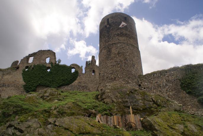 Helfenburk ruine