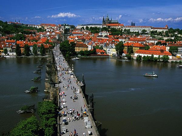 Uitzicht toren Karelsbrug Praag