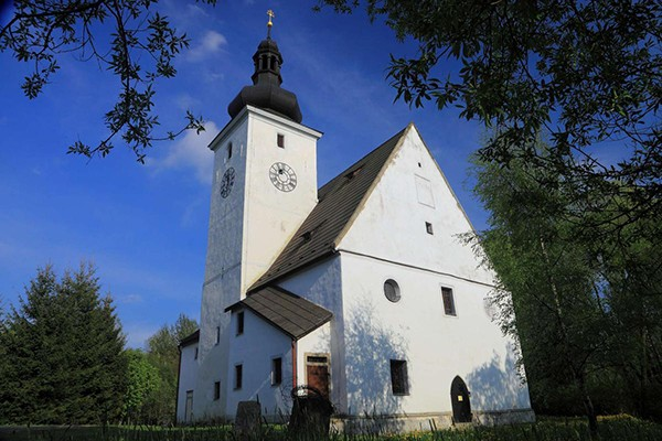 Kerk Cestviny Tsjechie