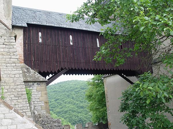 Loopbrug toren Karlstein