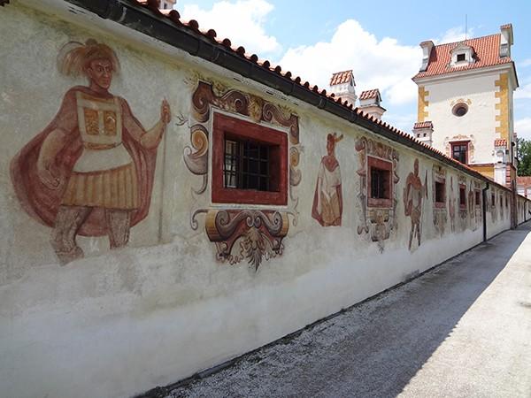 Muurschilderingen kasteel Kratochvile