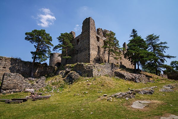 Paleis ruine Helfenburk