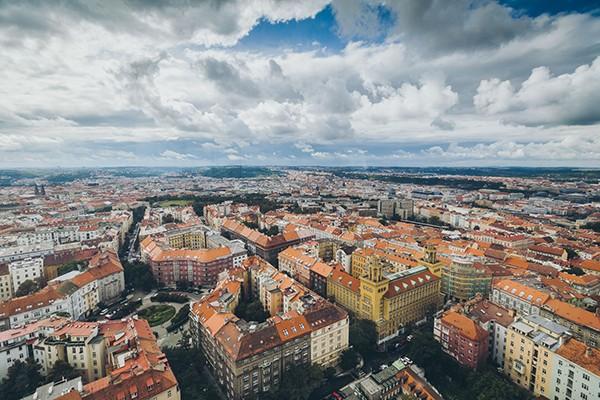 Uitzicht vanaf Ziskov toren Praag