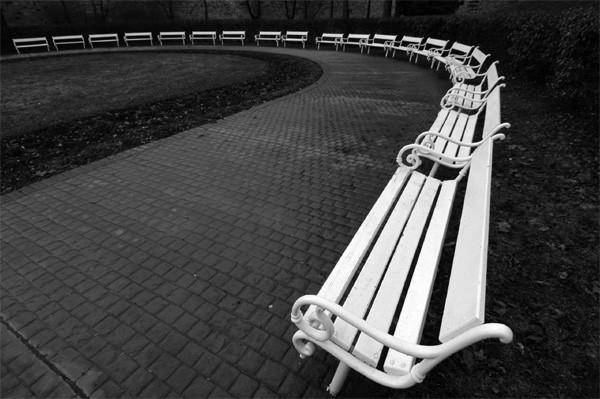 Bankjes Petrin Park Praag