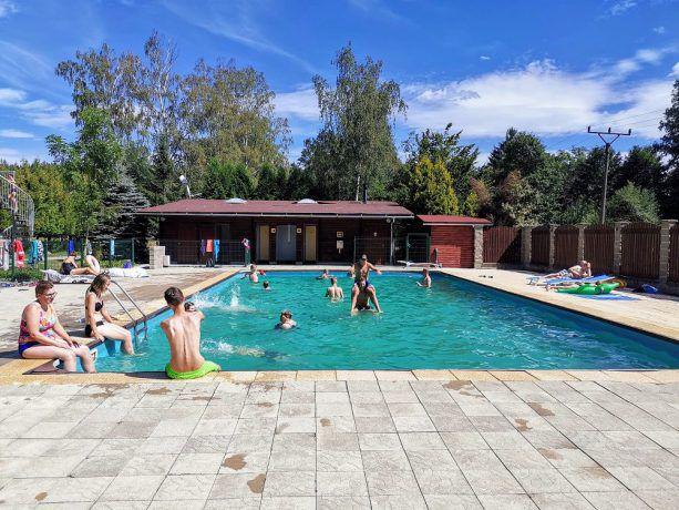 Zwembad op camping Fontana